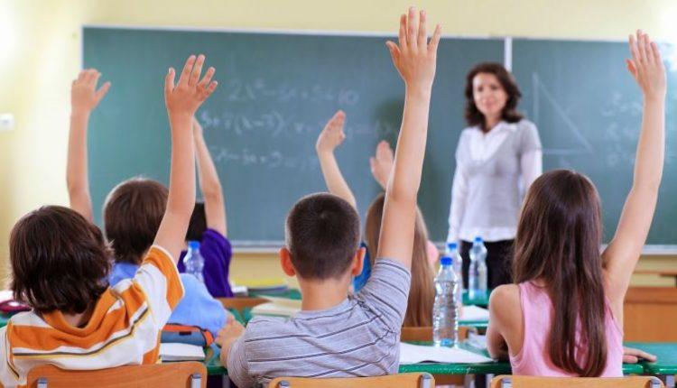 FALTA EDUCAÇÃO E LIMITES