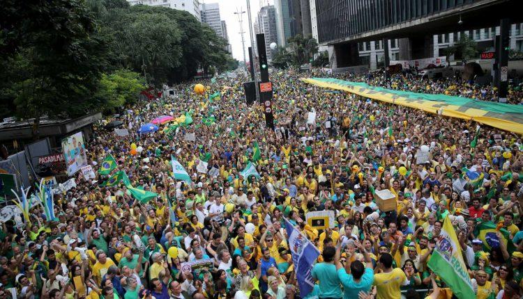 BRASIL PRESENTE – PANDEMIA NA POLITICA